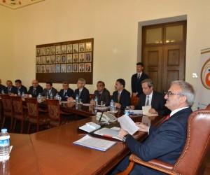Antalya Valiliğinde okuma yazma seferberlik toplantısı