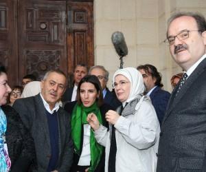 Emine Erdoğan, Cezayir'de Keçiova Camii ve Sidi Abdurrahman Türbesini ziyaret etti
