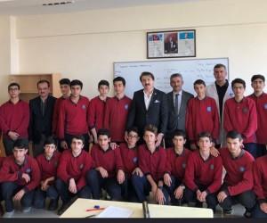 Aydemir: 'Gençlerimiz Cumhurbaşkanımıza vefalı'