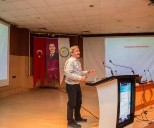 Iğdır'da Kriptografi Mühendisliği semineri'ne yoğun ilgi