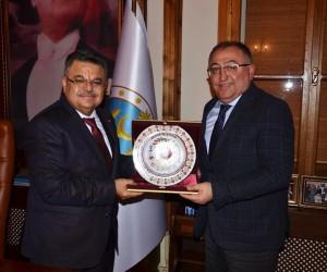 Yalova Belediye Başkanı Salman'dan Başkan Yağcı'ya ziyaret