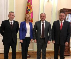 Akpınar, Moldova Cumhurbaşkanı Igor Dodon ile bir araya geldi