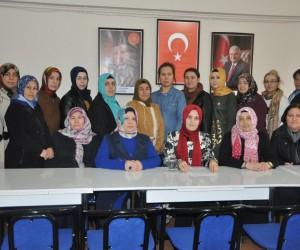 AK Parti Bozüyük Kadın Kolları Başkanı Gülcan Bayraktar'dan 28 Şubat açıklaması