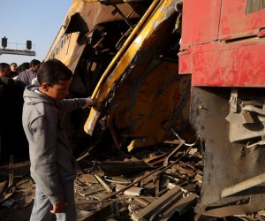 Mısır'daki tren kazasında ölü sayısı 15'e yükseldi