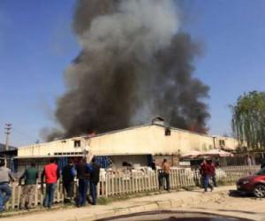 Koltuk fabrikasında yangın