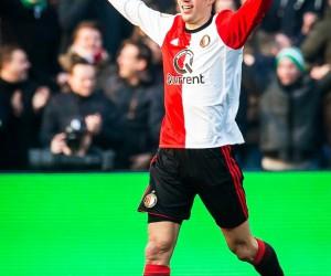 Van Persie'den 300. gol