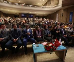 Kişisel gelişim uzmanı Demirkıran, Gaziantepli gençlerle buluştu