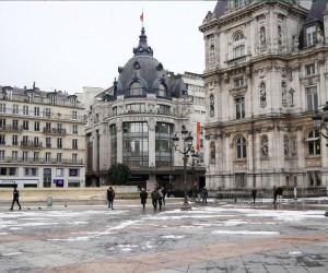 Fransa'da elverişsiz hava şartları evsizleri vurdu