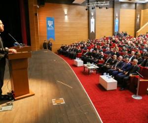 Bilal Erdoğan Recep Tayyip Erdoğan Üniversitesi'nde ''Yeni Türkiye ve Gençlik'' konferansına katıldı