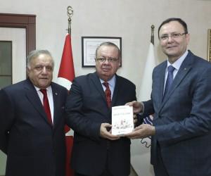 Büyükelçi Saavedra:
