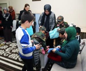 Ayşe Kamçı'dan Sevgi Evlerine ziyaret