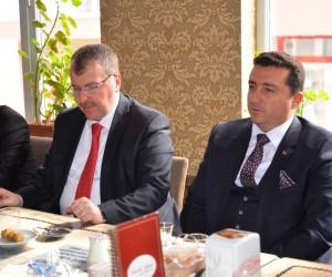 Milletvekili Halil Eldemir, Bozüyük'te temaslarda bulundu