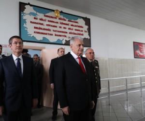 """Başbakan Yıldırım: """"Dün alçakça bir pusu sebebiyle 8 askerimiz şehit oldu"""""""