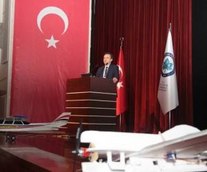 Dışişleri Bakanı Mevlüt Çavuşoğlu, Fransa Dışişleri Bakanı Jean-Yves Le Drian ile bugün bir telefon görüşmesi gerçekleştirdi. Görüşmede Suriye başta olmak üzere bölgedeki gelişmeler ele alındı.