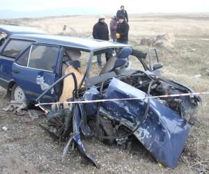 Malazgirt'te feci kaza: 2 ölü, 6 yaralı