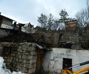 Posof'ta çıkan yangında 1 evde hasar oluştu