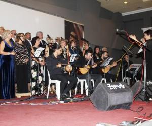 Ayvalık'ta Gönül Tuna Müzik Topluluğundan anlamlı konser