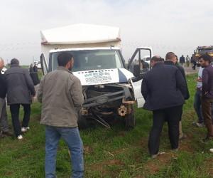 Hasta ziyaretine giderken kaza yaptılar: 1 ölü, 8 yaralı