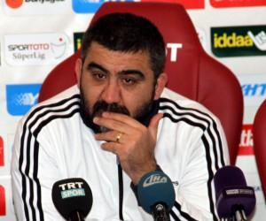 """Ümit Özat: """"Futbolcularım kazanmak için hiçbir şey yapmadı"""""""