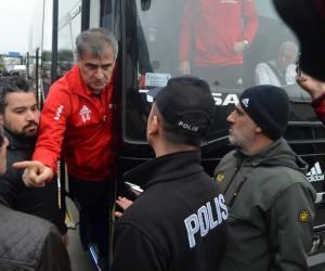Şenol Güneş'e Trabzon'da tepki: