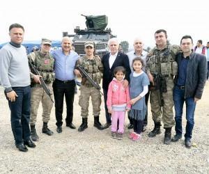 Başkan Toprak'tan sınırdaki askerlere moral