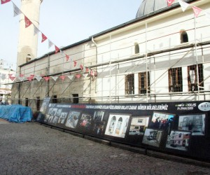 Roketin isabet ettiği Çalık Camii'de restorasyon başladı