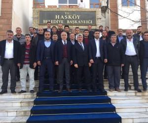 Muhtar adaylarından Başkan Özen'e ziyaret