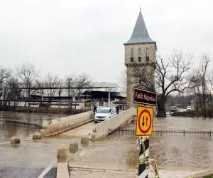 Tunca Nehri'nde 'turuncu' alarm