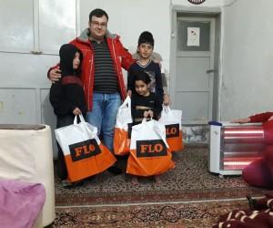 Kızılay'dan ihtiyaç sahibi öğrencilere ayakkabı yardımı