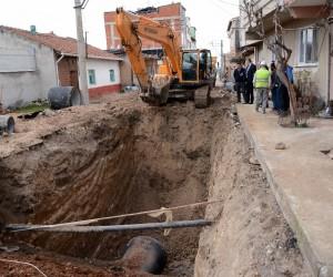 Karacabey'de alt yapı çalışmaları bütün hızıyla devam ediyor