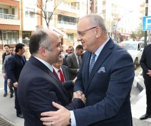 MHP Grup Başkanvekili Erhan Usta Manisa'da