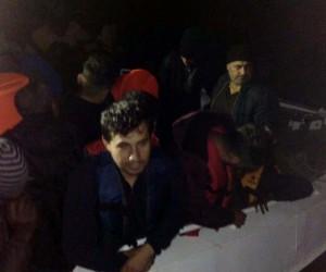 İzmir'de 58 kaçak göçmen yakalandı