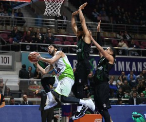 Tahincioğlu Basketbol Süper Ligi: TOFAŞ: 84 - Sakarya Büyükşehir Belediyespor: 79