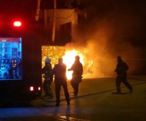 LPG'li otomobil Uludağ Yolu'nda alev alev böyle yandı...