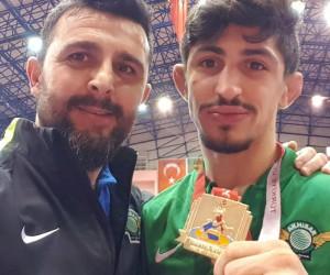 Akhisarlı güreşçi Avrupa şampiyonasında güreşecek