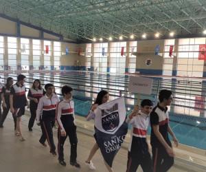 SANKO Okulları genç kızlar yüzme takımı Türkiye finallerinde