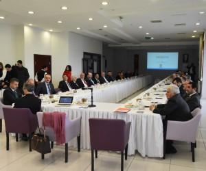 """Sinop'ta """"Şehirlerin Ekonomik Beklentileri Forumu"""""""