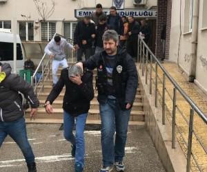 Bursa'da 2 kilo bonzai ile yakalanan 6 şahıs tutuklandı