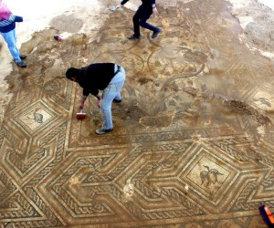 Üzeri örtülen mozaik yeniden gün yüzüne çıktı