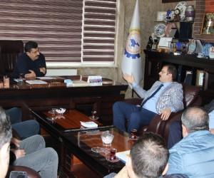 """Tatvan'da """"Bölge Ekonomisi ve Yatırım Potansiyelleri"""" ele alındı"""