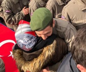 Asker annesinin hayali gerçek oldu