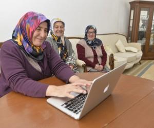Kadınlar; Suruç'tan Japonya'ya gelinlik, Sinop'tan Amerika'ya el işi sattı