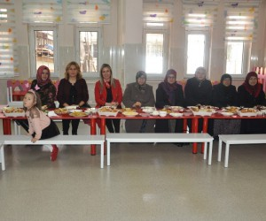 Bozüyük Anaokulu'nda Kadınlar Günü etkinliği