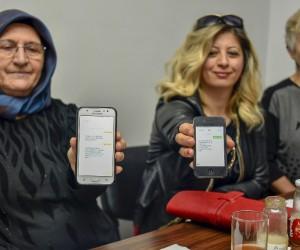 8 Mart Dünya Kadınlar Günü nedeniyle Kent Konseyi Kadın Meclisi üyesi kadınlar Mehmetçik Vakfı'na SMS'le bağış yaptı