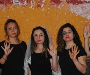 İşaret dili kursiyerlerinden 8 Mart için klip
