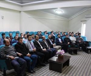 Din görevlilerine konferans verildi