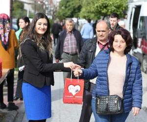 Efeler Belediyesi, kadınların hem gönüllerini hem de ağızlarını tatlandırdı