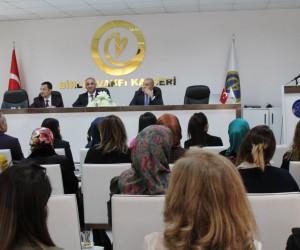 """Birlik Vakfı Başkanı Adıgüzel: """"Kadınlar Günü 8 Mart ile sınırlı kalmamalı"""""""