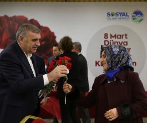 """Başkan Toçoğlu: """"Kadın varsa umut var"""""""