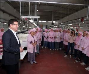 Başkan Subaşıoğlu'ndan kadın tekstil işçilerine 8 Mart süprizi